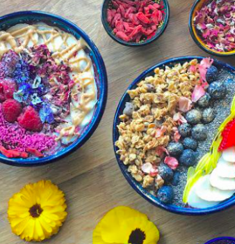 How to make a traditional Acai Bowl – Boho style